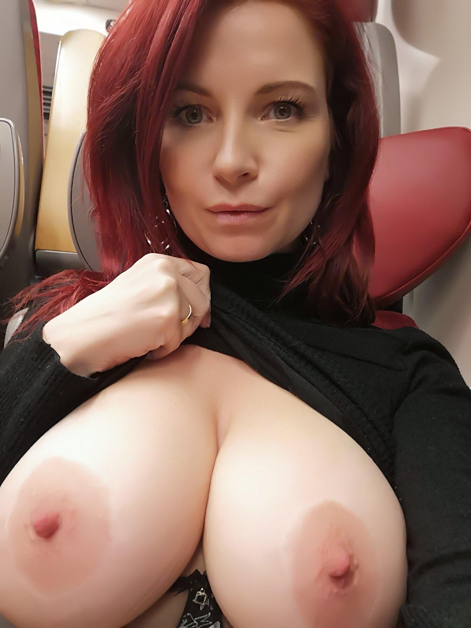Big Tits Mama