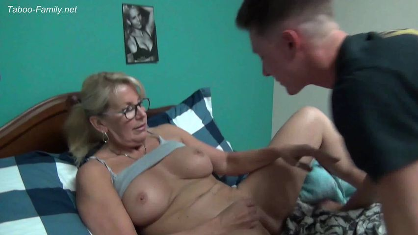 Xxx sex mommovies online the amusing