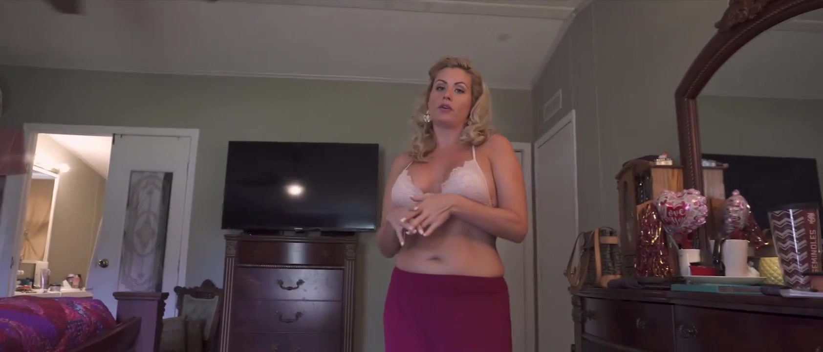 Amateur Mom Teaches Teens Sex